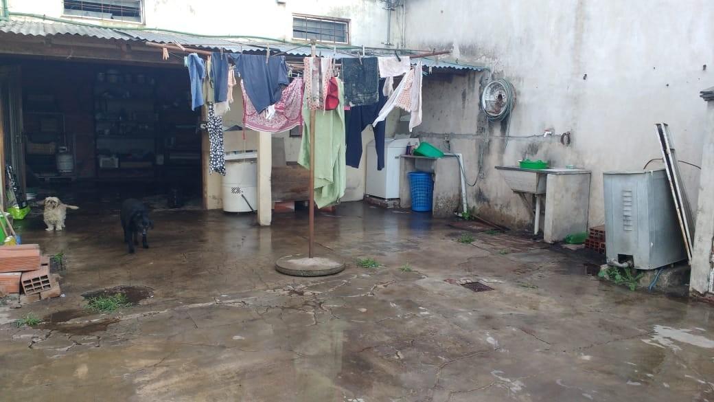 casa de 5 ambientes 3 baños
