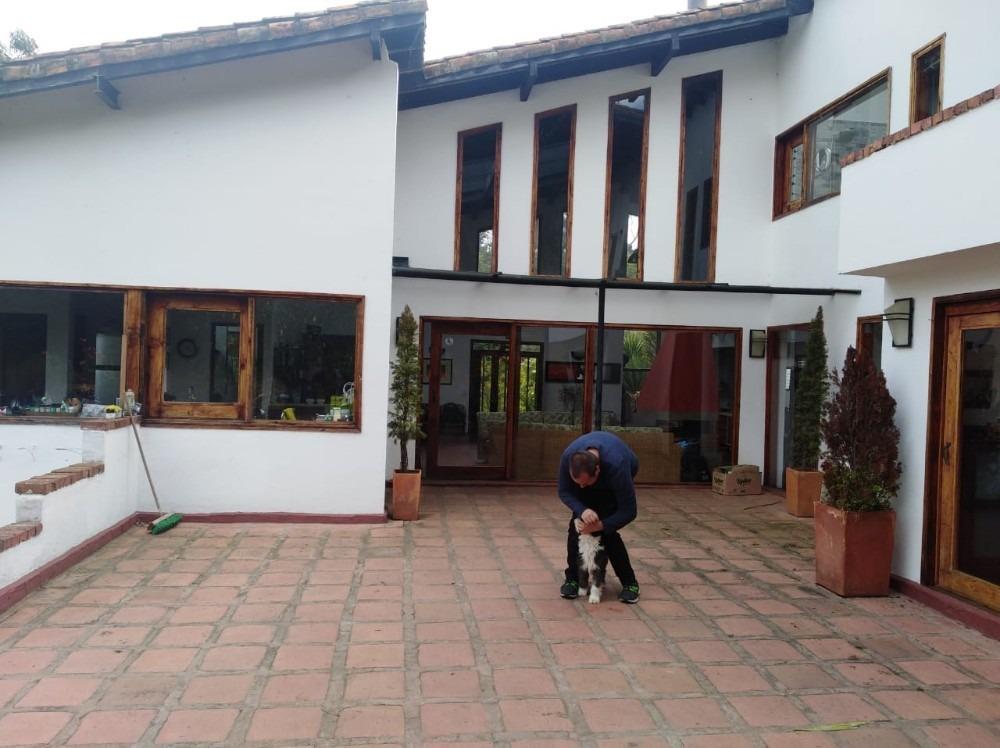 casa de 5 ambientes  bbq