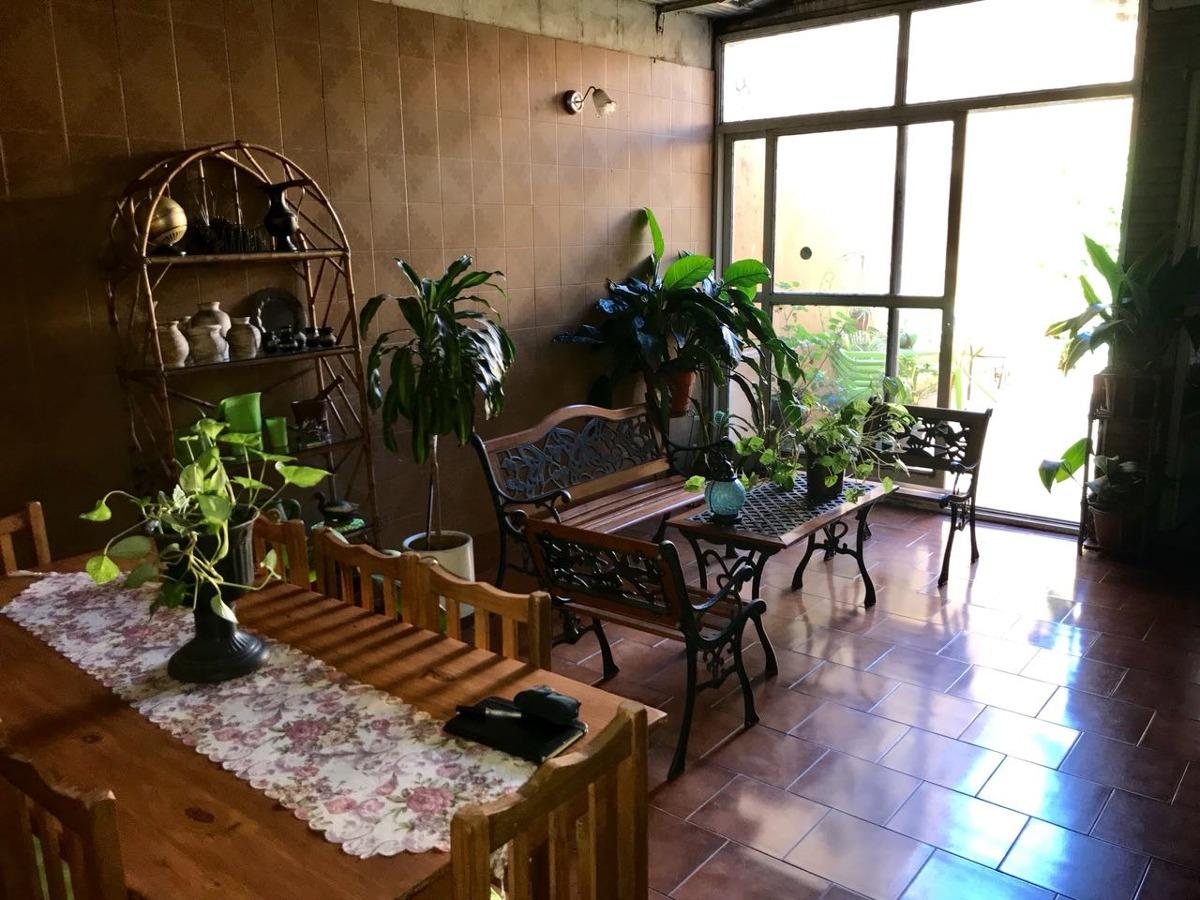 casa de 5 ambientes ideal para emprendimiento