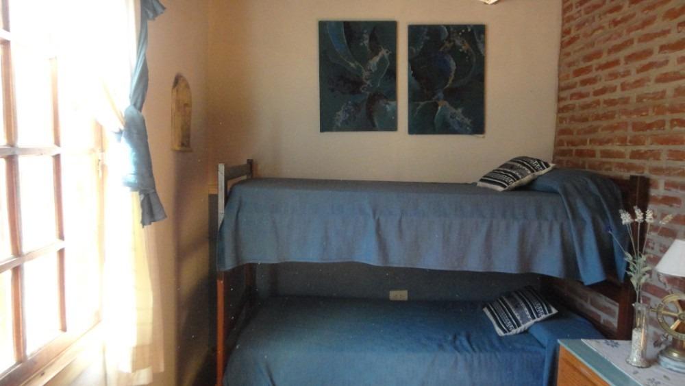 casa de 5 dormitorios en parque mar a una cuadra del mar.
