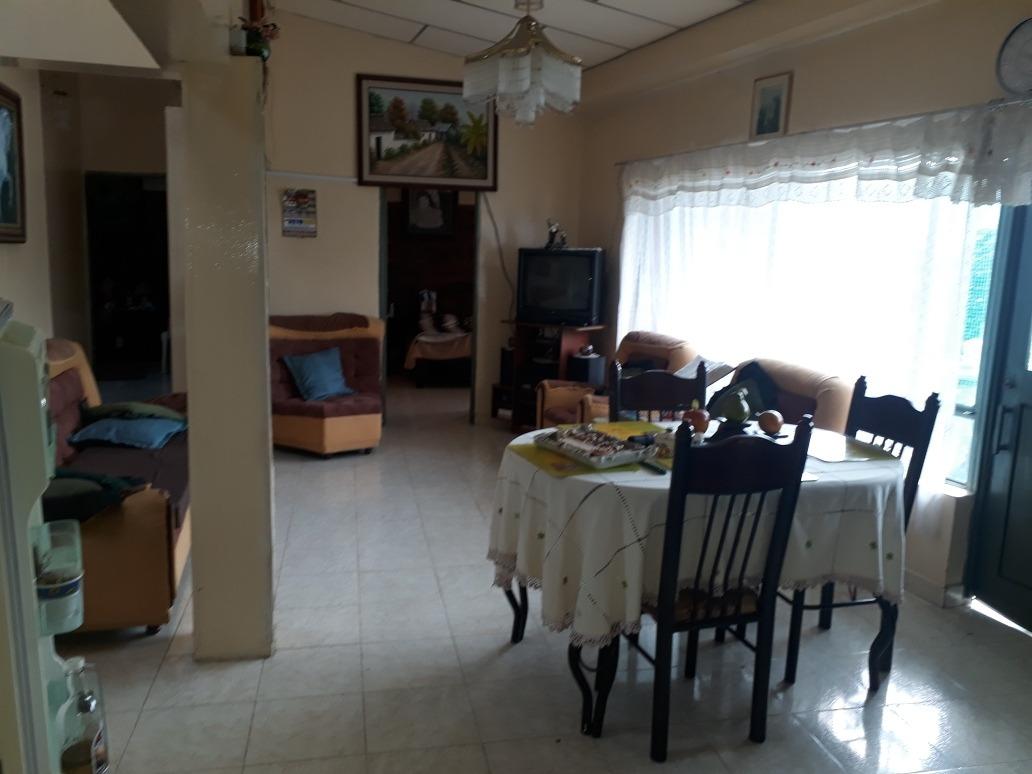 casa de 5 habitaciones ,3 baños,parqueadero,piscina infantil