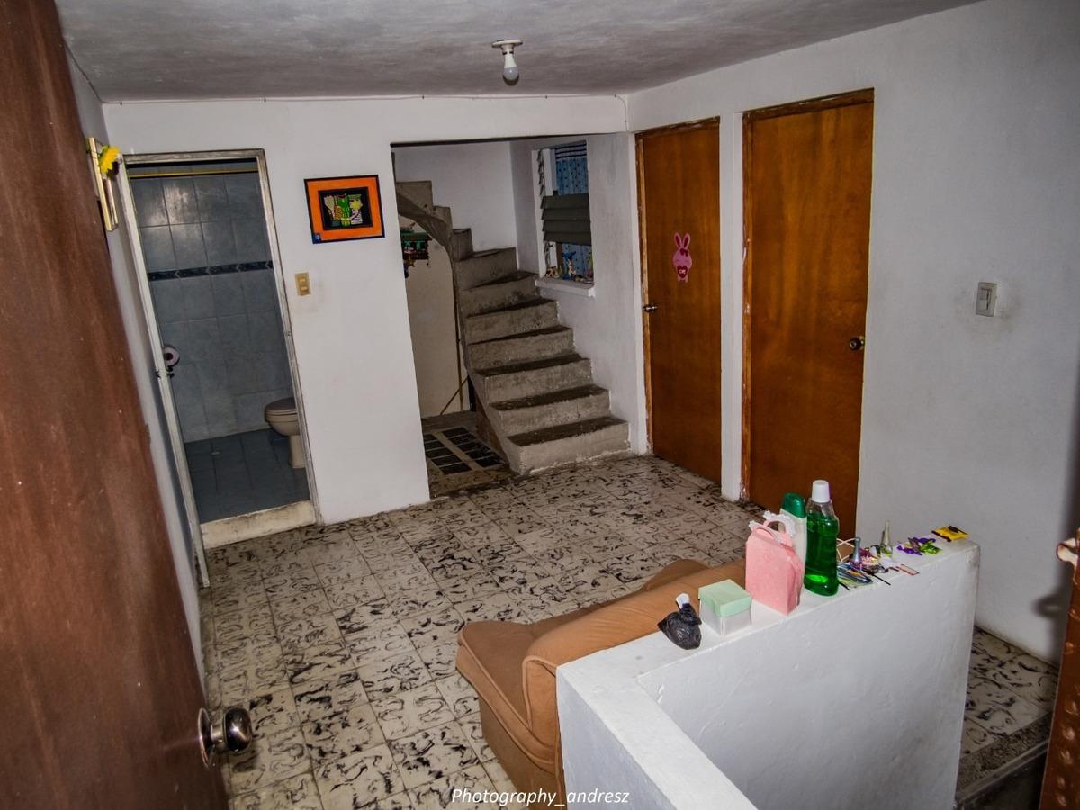 casa de 5 habitaciones y 2 baños