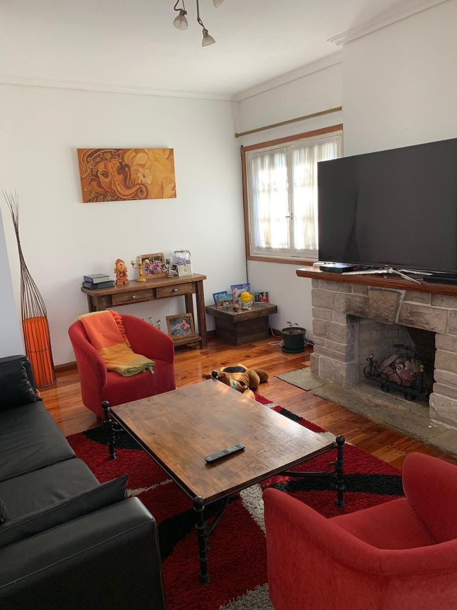 casa de 6 ambientes con departamento