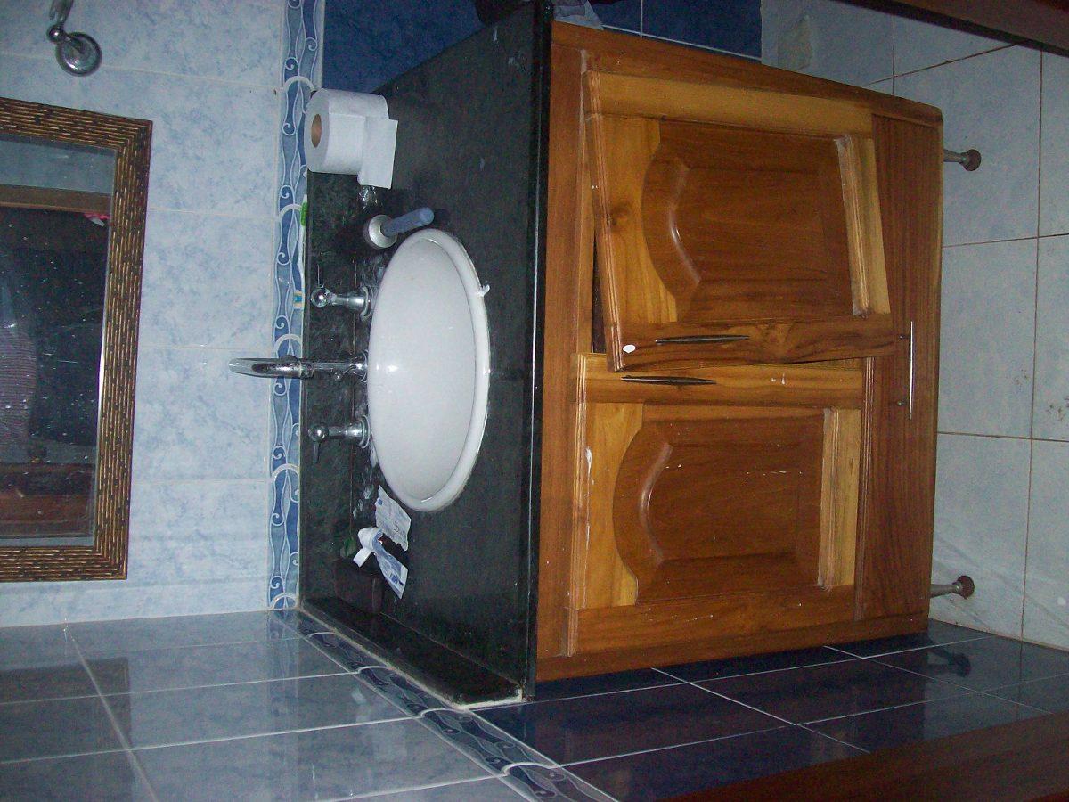 casa de 6 habitaciones con apto adicional