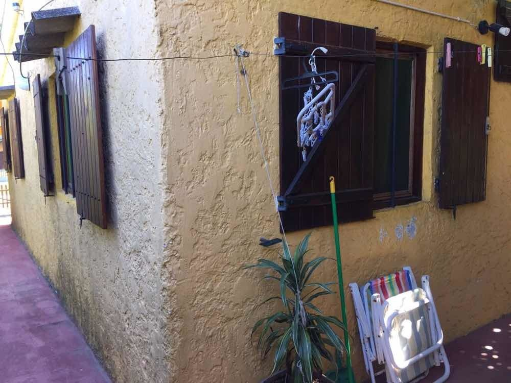 casa de alquiler , muy fresca arbolada 2 dormitorios tv cabl
