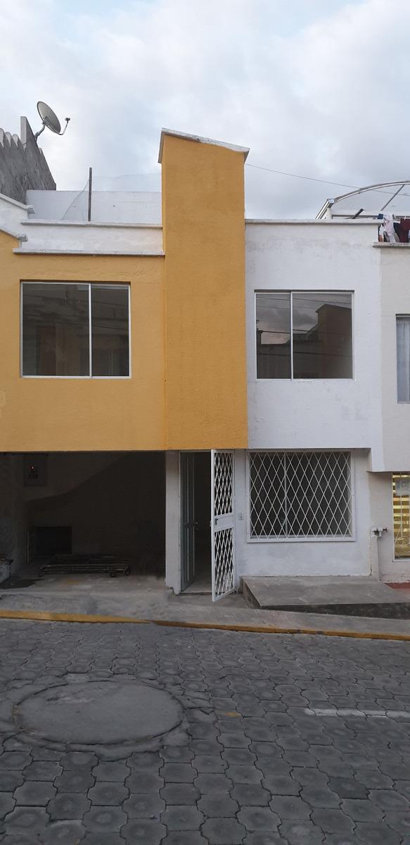 casa de alta plusvalia en conjunto habitacional privado
