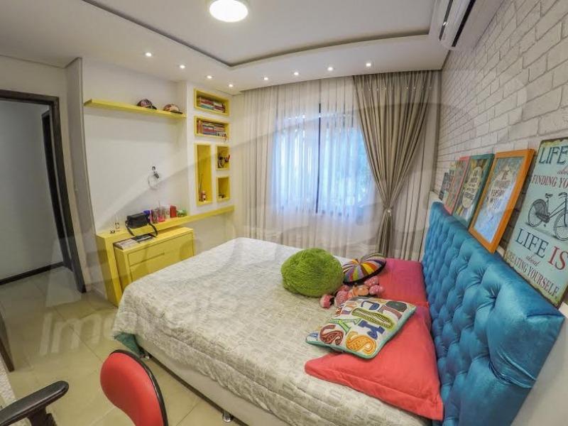 casa de alto padrão com 03 dormitórios ( sendo 01 suite) ampla área de lazer com piscina e salão de festas privativo, sala de jantar, cozinha, academia e sala de jogos. - 3575811v