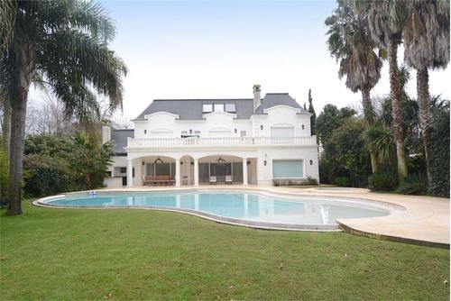 casa de alto standing 5 dorm parque piscina