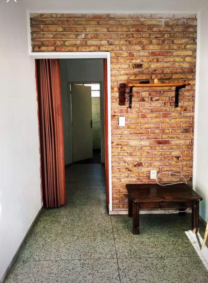 casa de altos, la unión 1 dorm. y 1 habitación multirubro