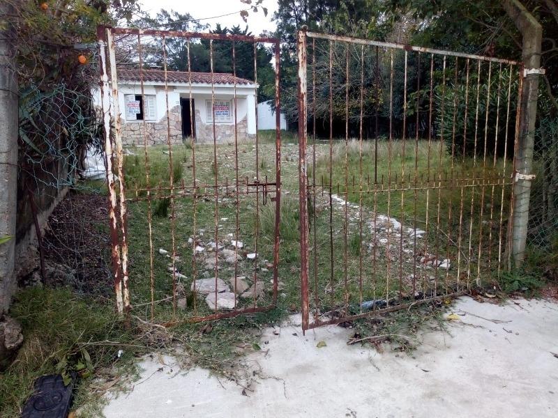 casa de amplio terreno