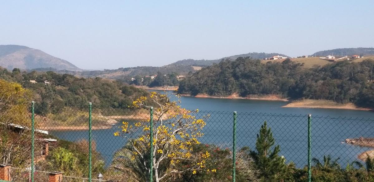 casa de campo com vista espetacular  para  a represa