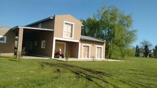 casa de campo en barrio cerrado de chacras