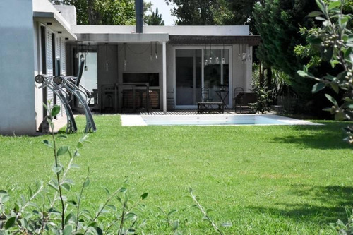 casa de campo en barrio cerrado - ibarlucea