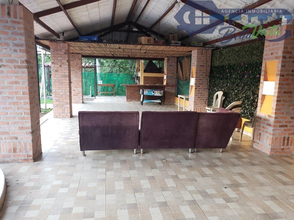 casa de campo en sector apiay