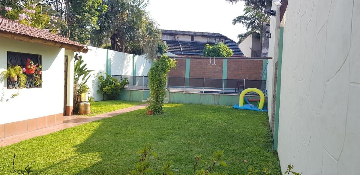 casa de categoria con piscina y parque - haedo norte