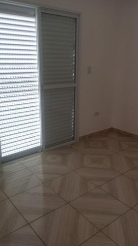 casa de condominio com 02 dormitorios bairro quietude