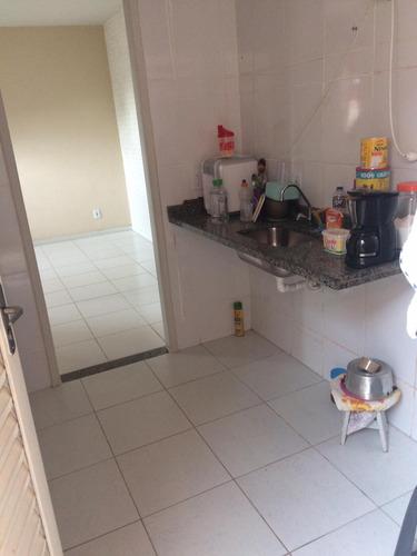 casa de condomínio com 2 quartos em marambaia !