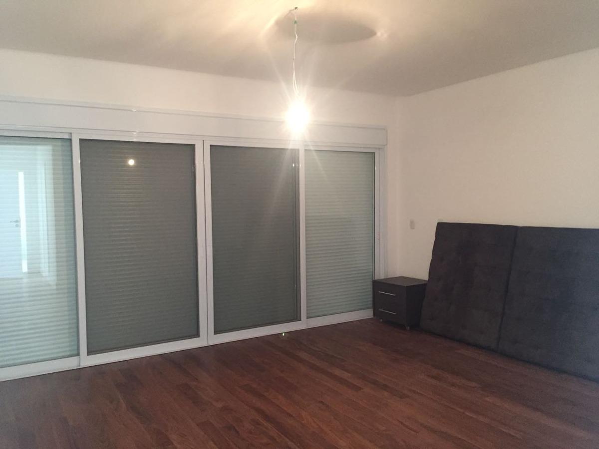 casa de condomínio com 4 quartos à venda, 460 m²