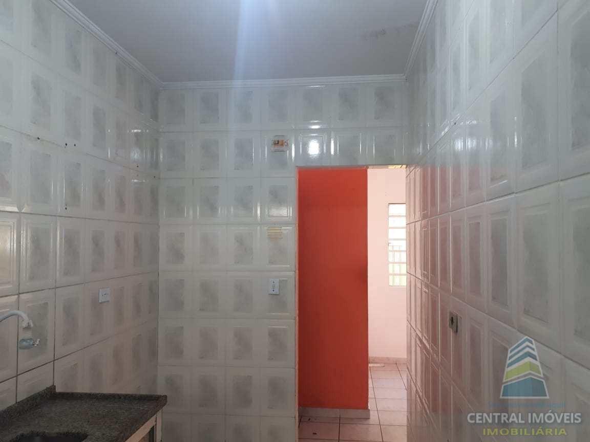 casa de condomínio de 01 dormitório c/ churrasqueira - aviação - v6451