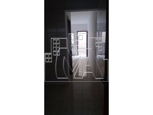 casa de condomínio fechado nova pertinho da av kennedy bairro guilhermina sendo 2 dormitório 1 suite 1 vaga de garagem a 50 metros da avenida kennedy perto de banco, farmácia, lotéricas supermerca
