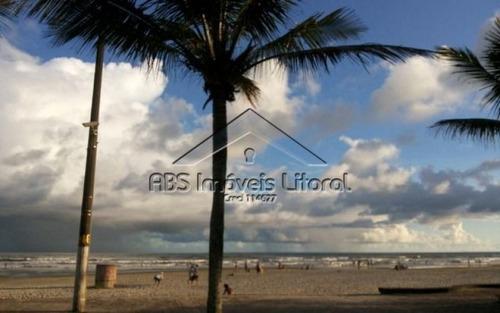 casa de condomínio próximo ao mar em praia grande cco837