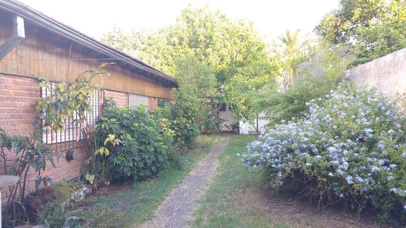 casa de cuatro ambientes en venta - castelar norte