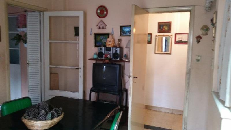 casa de cuatro ambientes en venta- v.sarmiento