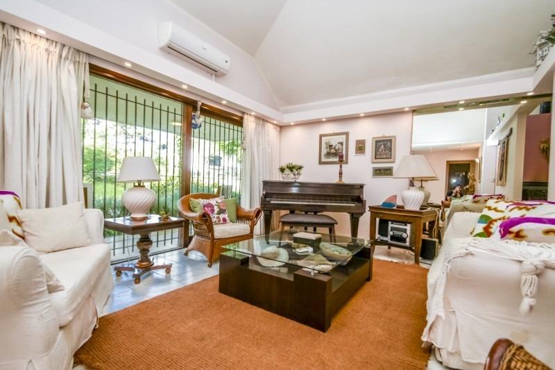 casa de cuatro dormitorios en venta punta del este-ref:2579