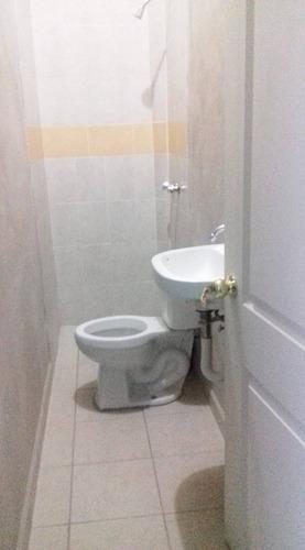 casa de descanso con 7 recamaras y 8 baños.