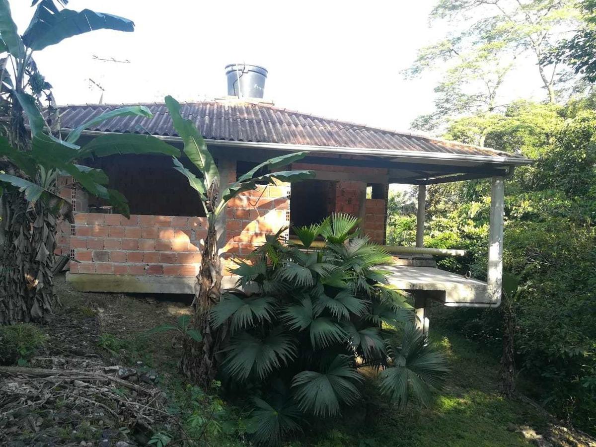 casa de descanso muy bien ubicada  para terminar araguaney
