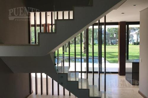 casa de diseño en  saint thomas este