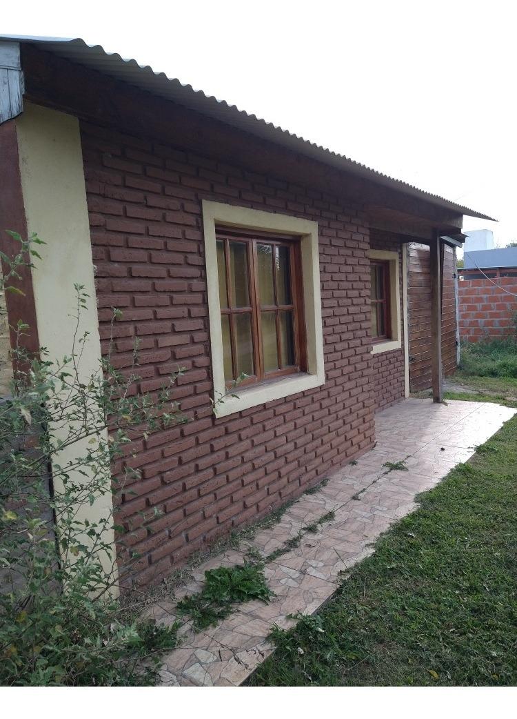 casa de dos ambientes y un baño