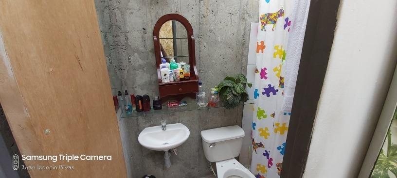 casa de dos avitaciones y 2 baños