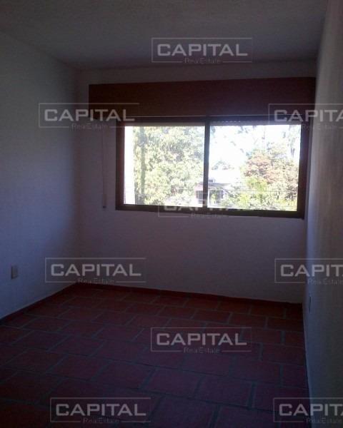 casa de dos dormitorios en alquiler anual - la barra-ref:25747
