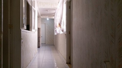 casa de dos niveles en venta en av. pantitlan