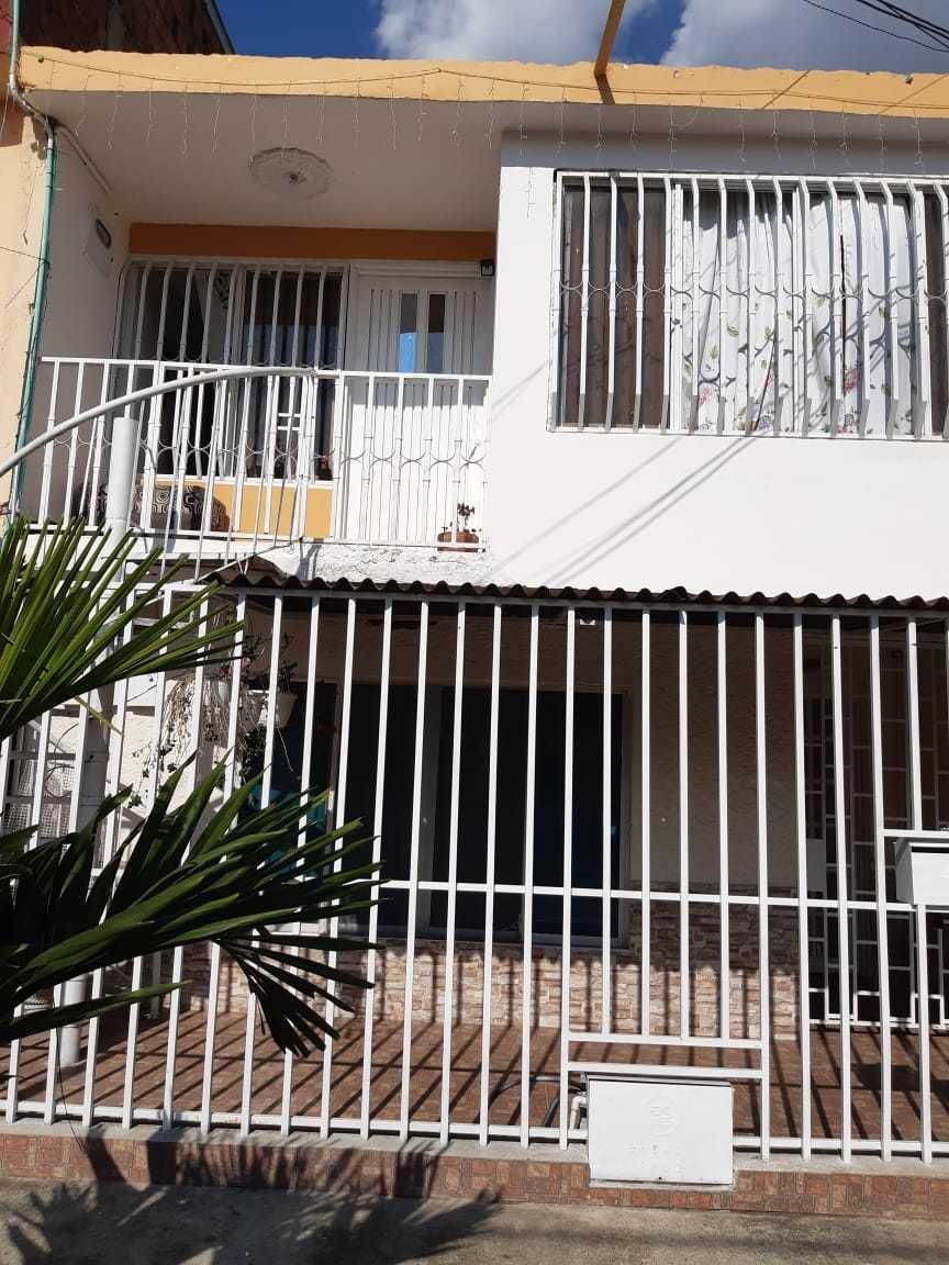 casa de dos pisos cada piso independiente