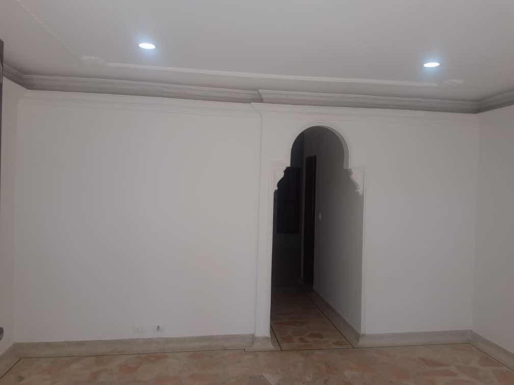 casa de dos pisos con plancha, dos apartamentos independien
