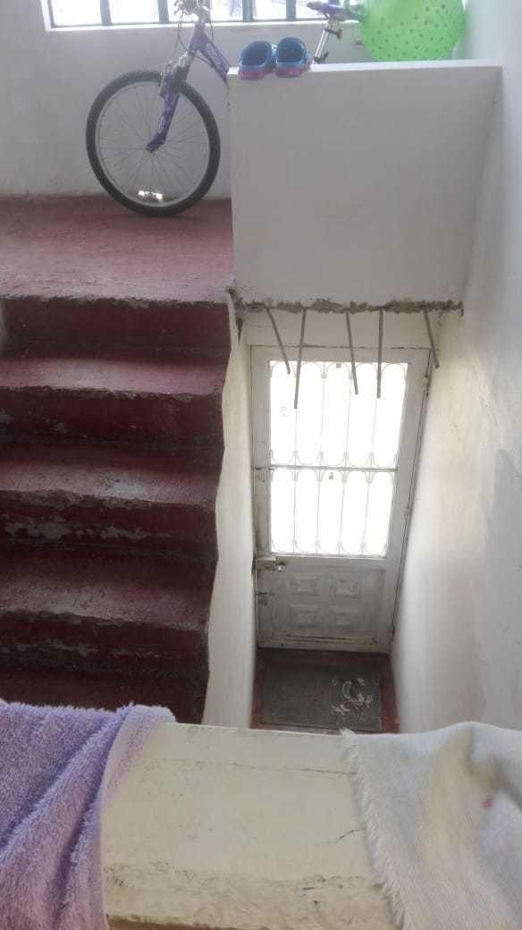casa de dos pisos en venta