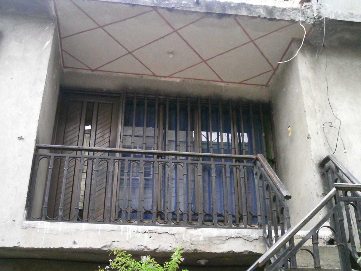 casa de dos pisos en venta en  calimio norte ,cerca estacion