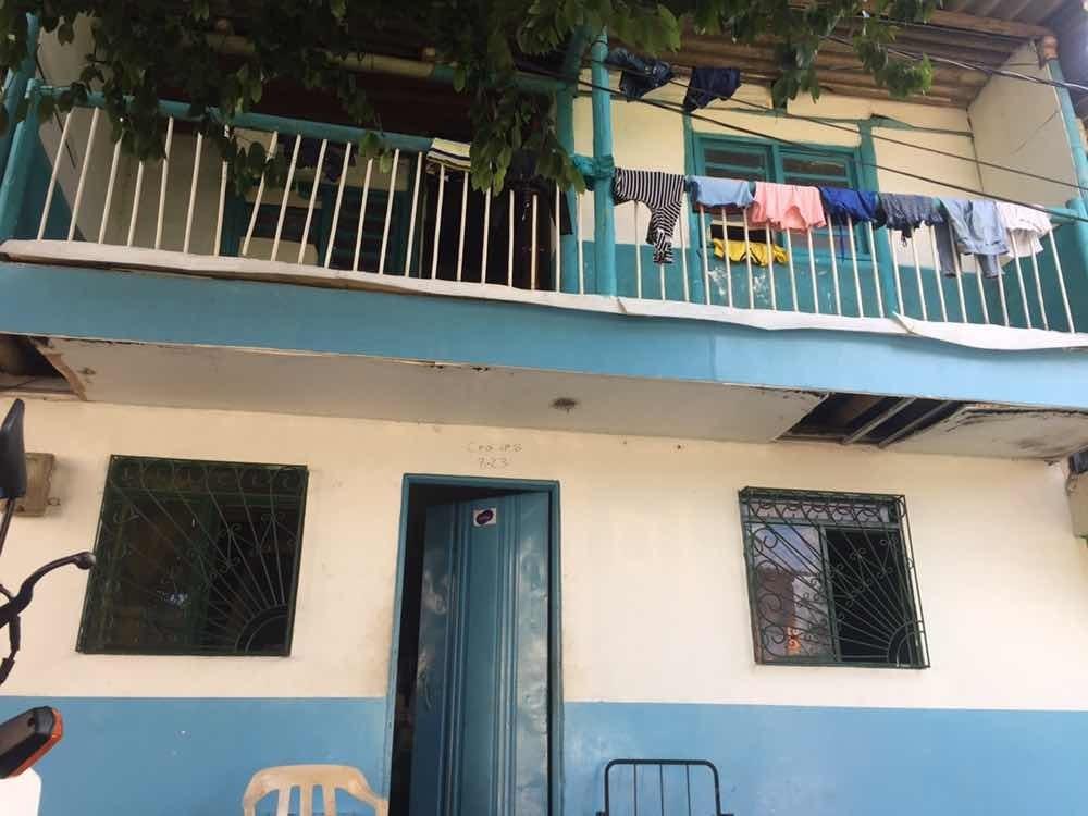 casa de dos pisos mejor barrio de alcala