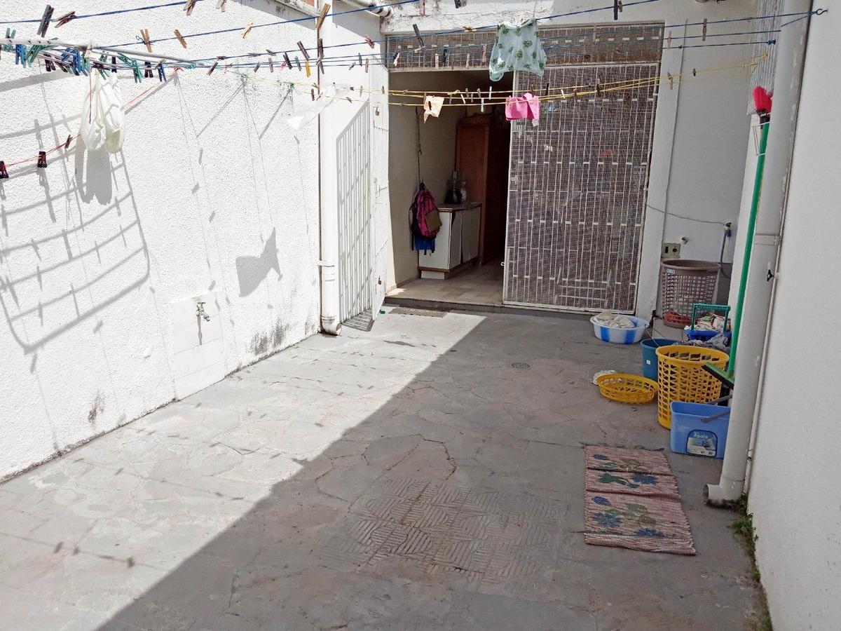 casa de esquina, 4 quartos, próximo avenida antonio sales