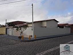 casa de esquina a venda em emaús