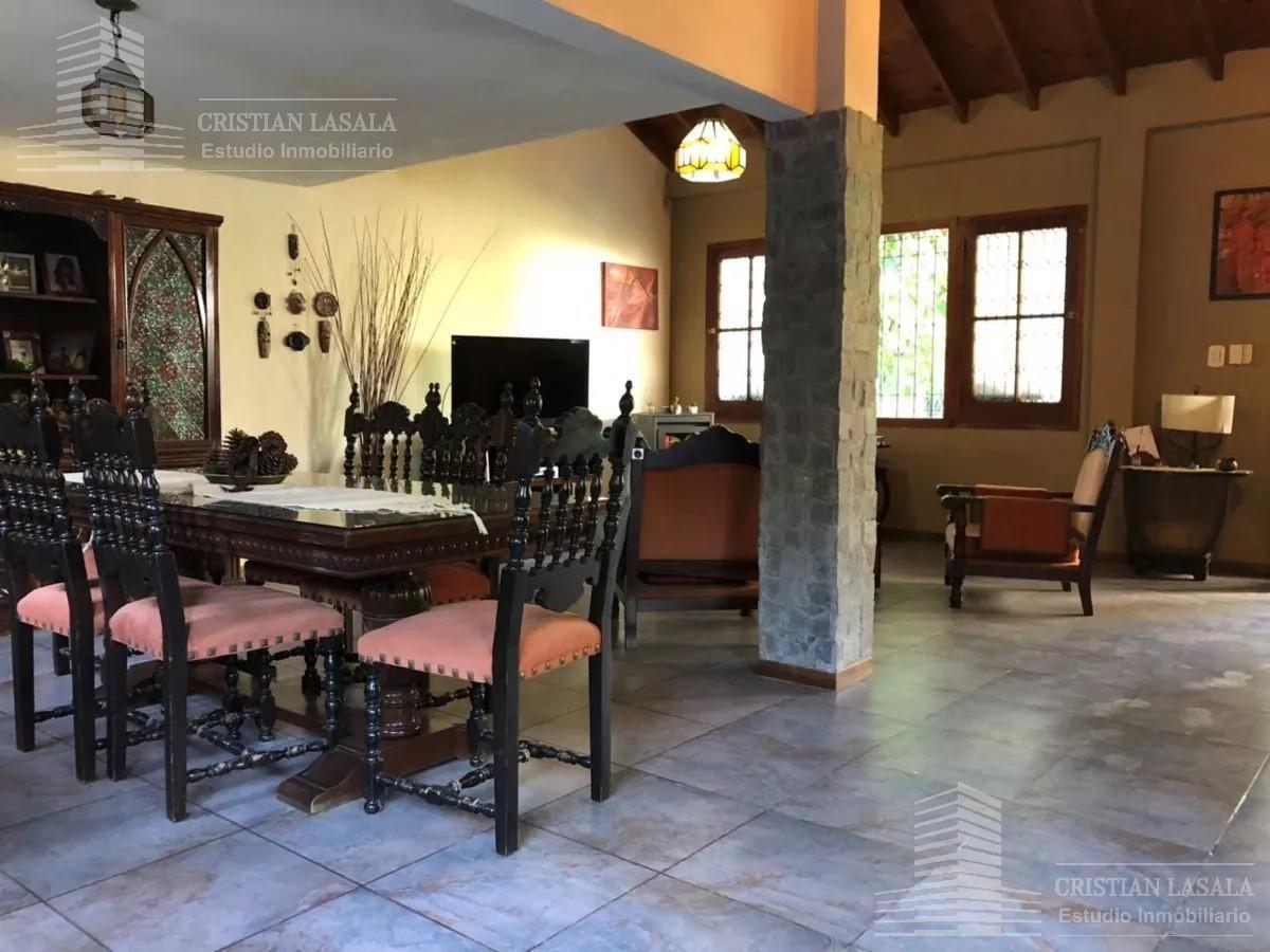 casa de estilo 4 ambientes - villa gobernador udaondo