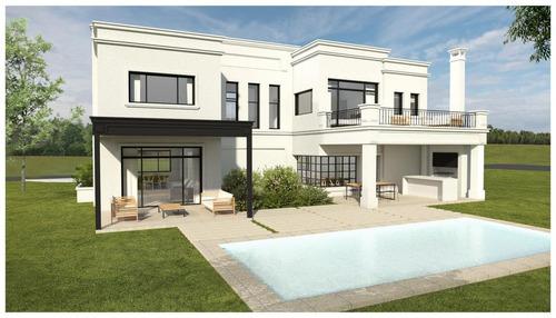casa de excelente calidad constructiva en 2 plantas.