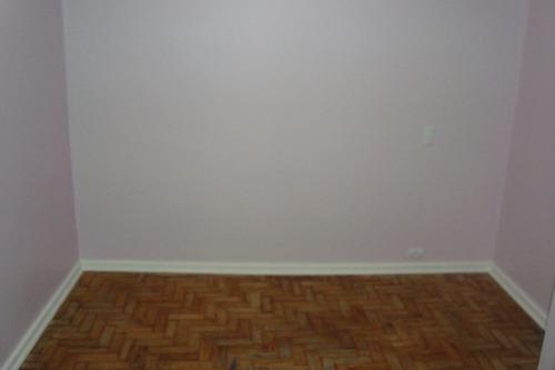 casa de fundo toda reformada com sala, 01 quarto. ref 80264