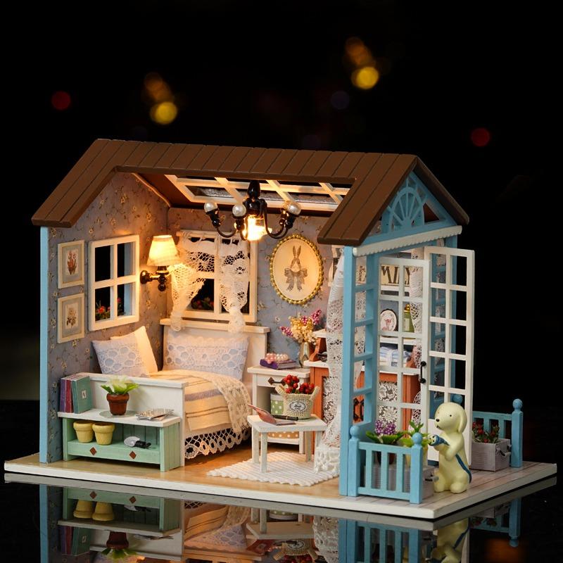 Casa de mu ecas de madera en miniatura con luz led y muebles en mercado libre - Casas en miniatura de madera ...