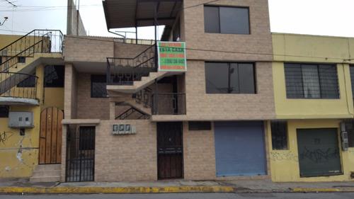 casa de oportunidad al sur quito de 3 departamentos y local