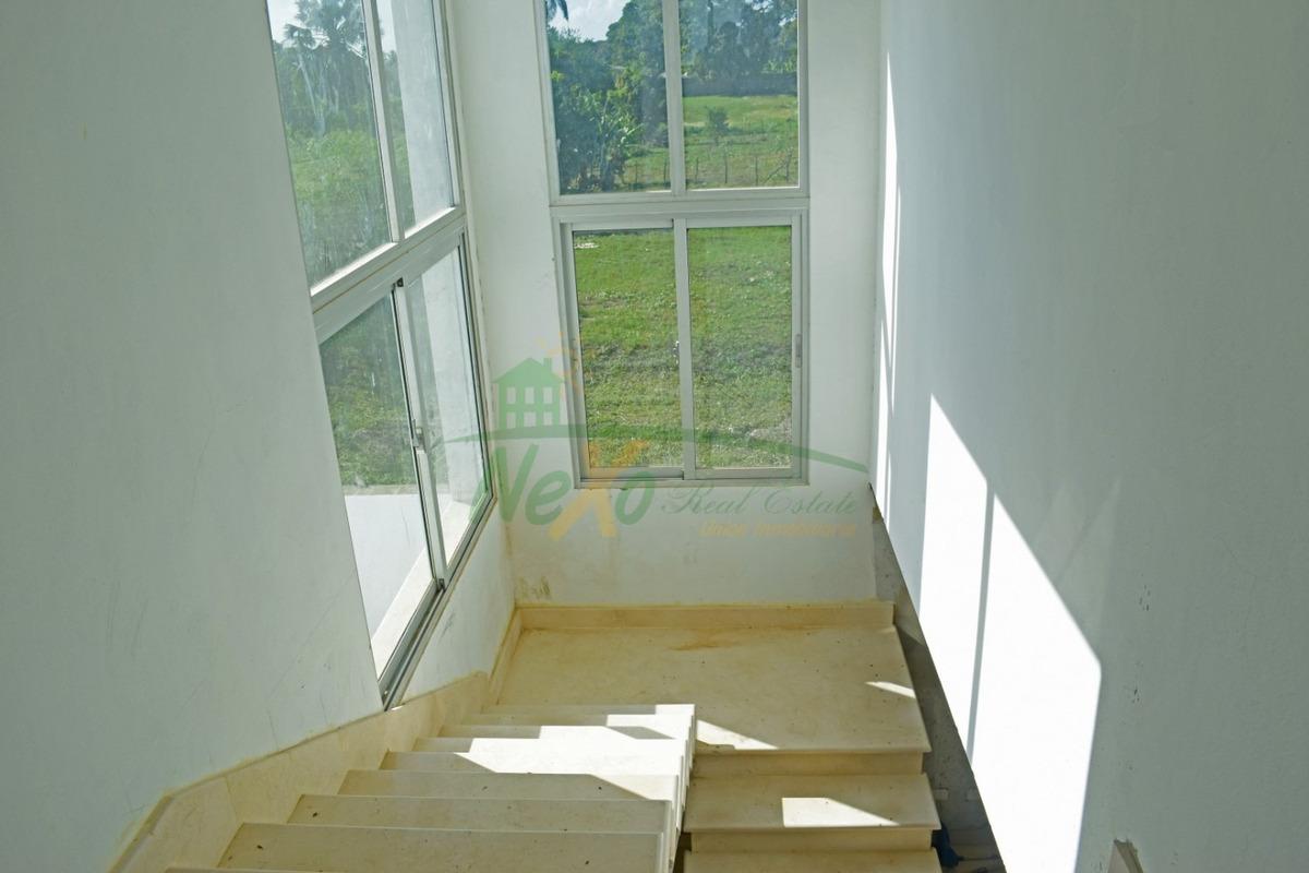 casa de oportunidad en proyecto cerrado gurabo (eac-216)