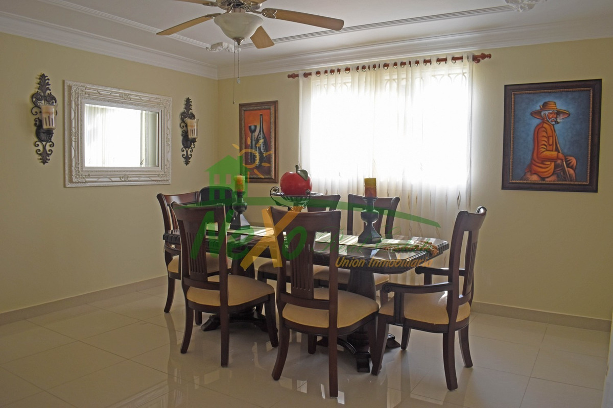 casa de oportunidad en santiago (eac-225)