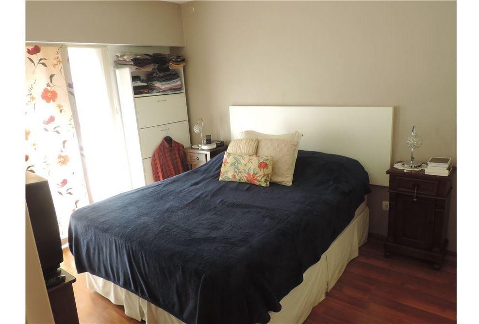 casa de pasillo 2 dormitorios con patio y quincho